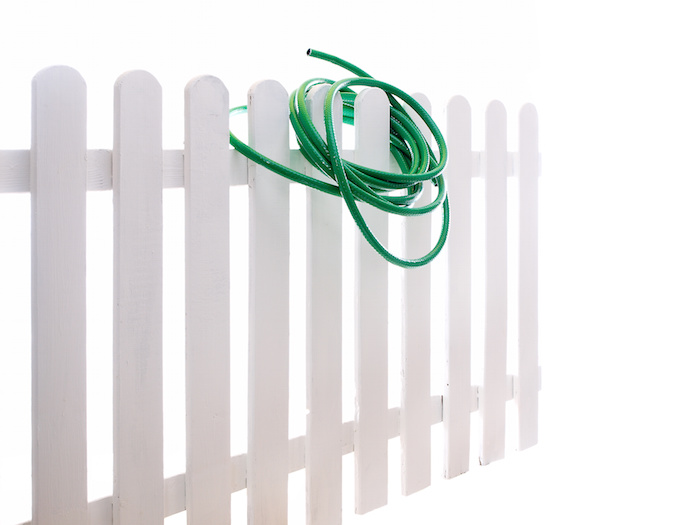 Cleaning Vinyl Fencing